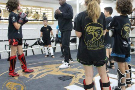 Cours collectifs de boxe thaï enfants - Naja Team